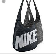 f1c1ec2198 Nike Revsersable Crossbody Bag Sac Fourre-tout Réversible, Nikes Noir, Sacs  À Main