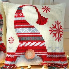 Star Elf cushion kit, cross-stitch 40 x 40 cm, Bergère de France Embroidery Cross Stitch Christmas Ornaments, Xmas Cross Stitch, Christmas Embroidery, Christmas Cross, Cross Stitch Charts, Christmas Elf, Cross Stitch Designs, Cross Stitching, Cross Stitch Embroidery