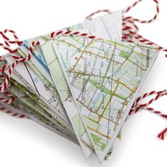 Een slinger om iets bijzonders mee te vieren: RESCUED!Met deze slinger van oude landkaarten is het altijd een feestje! Leuk voor jezelf of de ander.
