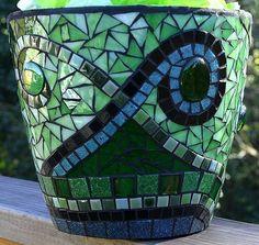 Mosaic Pot by jackienoyes, via Flickr