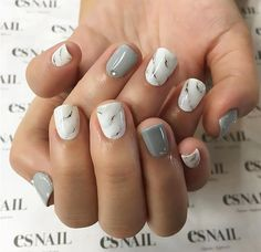 Adding some glitter nail art designs to your repertoire can glam up your style within a few hours. Check our fav Glitter Nail Art Designs and get inspired! Cute Acrylic Nails, Glitter Nail Art, Cute Nails, Pretty Nails, Black Marble Nails, Marble Nail Art, Pink Marble, Grey Nail Polish, Gray Nails