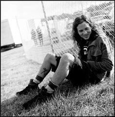 Google Image Result for https://www.morrisonhotelgallery.com/images/medium/12451_1_50eddievedder.jpg