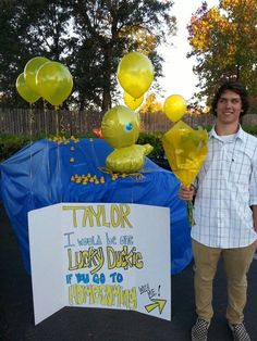 Homecoming proposal lucky duckie - Hairstyles for School Cute Homecoming Proposals, Homecoming Dance, Homecoming Mums, Hoco Proposals, Formal Proposals, Homecoming Dresses, Prom Pictures Couples, Prom Couples, Dance Proposal
