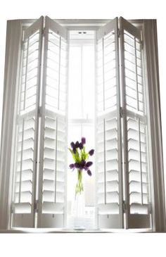 This excellent plantation shutters is an extremely inspiring and wonderful idea . This excellent plantation shutters is an extremely inspiring and wonderful idea House Windows, Blinds For Windows, Curtains With Blinds, Windows And Doors, Window Blinds, Wood Blinds, Window Shutters Inside, Interior Window Shutters, Interior Barn Doors