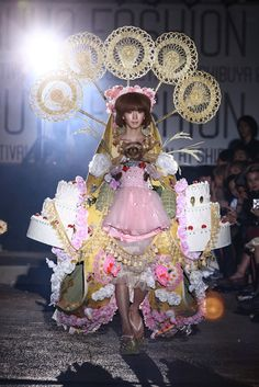 kawaii fashion show