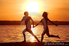 11 Habits that Create Positive Relationships - Power of Positivity: Positive Thinking & Attitude Couple Running, Running Tips, Reasons To Live, Power Of Positivity, Couples Images, Get What You Want, Live Long, Self Confidence, The Life
