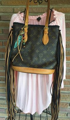 f524b7da2219 Louis Vuitton authentic preloved PM bucket COMPLETELY RELINED   Louisvuittonhandbags Vera Bradley Handbags