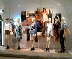 H&M EMQUARTIER | Window Display @ Bangkok, Thailand