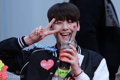 [17.04.16] Busan Fansign Event - EunWoo