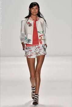 Vivienne Tam (Spring-Summer 2015) R-T-W collection at New York Fashion Week  #AlexandraTitarenko #AlexiaBellini #AlishaJudge #AnnaPiirainen #CharlotteNolting #EllaPetrushko #EllaVerberne #HuiJunZhang #JuanaBurga #LeafZhang #LeticiaOrchanheski #MargauxBrooke #MarianeFassarella #MeganIrminger #NewYork #TessaBennenbroek #ValeriaDmitrienko #VarshaThapa #VivienneTam #YiFeiLi #YueHan