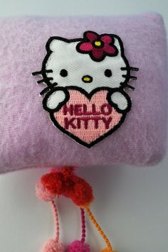 Valerian Cushion Hello Kitty van Cattsy op Etsy