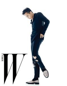 GD - W Magazine October Issue '15