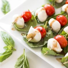 Only 4 ingredients and 20 minutes of prep to the most stunning appetizer on your holiday table!
