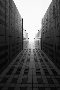 WALKING IN TOKYO | Keigo Moriyama