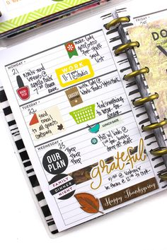 Thanksigving menu layout w/ matching weekly MINI spread by mambi Design Team member Tiffany Ross Planner Layout, Goals Planner, Planner Pages, Menu Layout, Planner Stickers, Planner Ideas, Mini Happy Planner, Planner Organization, Organizing
