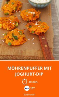 Möhrenpuffer mit Joghurt-Dip - smarter - Kalorien: 257 kcal - Zeit: 40 Min. | eatsmarter.de
