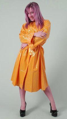 Raincoats For Women Simple Baby Raincoat, Raincoat Outfit, Green Raincoat, Raincoat Jacket, Hooded Raincoat, Rain Jacket, Parka, Imper Pvc, Rain Fashion