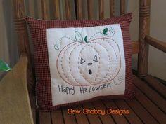 Primitive Embroidered Halloween Pillow https://www.etsy.com/shop/SewShabbyDesigns