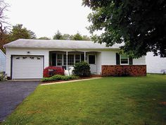 Detached,Ranch, Adult Community,Detached - Toms River, NJ EXPANDED SUSSEX MODEL IN SILVER RIDGE PK. WESTERLY WITH ACTIVE CLUB HOUSE & OUTDOOR POOL. PRIVACY BACK YARD AND WALKING DISTANCE TO CLUB HOUSE & POOL AND LOCATED IN AN EXCELLANT LOCATION.HOA'S ASSOCIATION FEE $23.OO/MONTHLY.VERY ACTIVE CLUB HOUSE WITH LOTS TO DO.LOCATED NEAR HOSPITALS, MEDICAL FACILITIES, RESTURANTS,TOMS RIVER BUS DEPOT,HOTELS,BEACHES, GSPKWAY NEAR BY.ATLANTIC CITY & AIRPORT APPROX.,1 HR.AWAY.