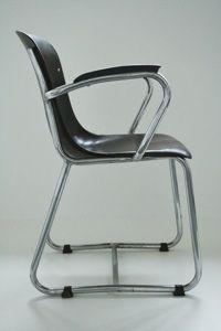 http://www.mdezign.info EMS slede buisframe stoel plywood Bas van Pelt Th. de Wit Galvanische industrie