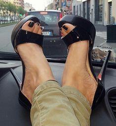 #blackstilettoheels #stilettoheelsboots #highheelsstilettos