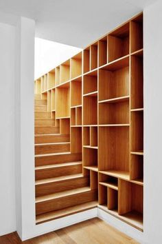 decorating small spaces staircase with cubby hole storage design small Wasted Space Decor Ideas Cubby Hole Storage, Stair Storage, Staircase Storage, Staircase Design, Staircase Ideas, Stair Shelves, Staircase Remodel, Staircase Bookshelf, Modern Staircase