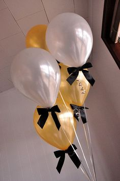 "Gold and Silver Balloons with Bows Pack of 8 Balloons and Bows + Curling Ribbon.) : Confetti Momma ""Gold and Silver Balloons with Black Bows"" are a great addition to your New Years Eve party decorations Graduation Balloons, New Years Decorations, Black And Gold Party Decorations, Elegant Party Decorations, Wedding Balloons, Fete Marie, Deco Ballon, Black Gold Party, Hand Made Gifts"