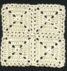 """""""Flat Braid"""" Square Joining Method    Directions for this simple square follow the joining illustrations    by Priscilla Hewitt"""