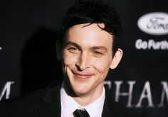 Robin Lord Taylor - Most Handsome American TV Series Actors of 2017 Poll - Gotham as Oswald Cobblepot Gotham Series, Gotham Cast, Anthony Carrigan, Sean Pertwee, Penguin Gotham, Robin Taylor, Cory Michael Smith, Victor Zsasz, Beard Boy