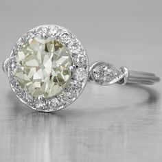 Antique Engagement Ring Old Mine-cut Diamond