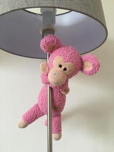 Aap Lucas gehaakt door Marloes Palsma-Timmerman #haken #haakpatroon #gehaakt #amigurumi #knuffel #gehaakt #crochet #häkeln #cutedutch