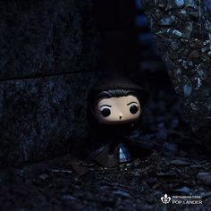 """""""15 paces towards the well. Keep to the northwest to avoid the sentry, who usually faces south."""" #outlander #outlanderseries #outlanderstarz #clairefraser #thegathering #funko #funkopop #pop #popvinyl #popvinyls"""
