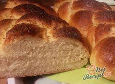 Babiččina vánočka   NejRecept.cz Catering Trays, Thing 1, Banana Bread, Food And Drink, Cooking, Christmas, Basket, Kitchen, Xmas