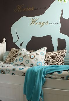 Lovely horse bedroom! My daughter(Country Horsegirl :) would LOVE it!