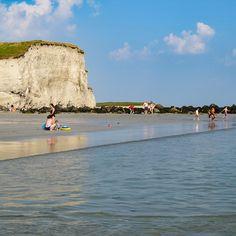 Silver Strand Beach, co. Gallway  #cliffsofmoher #ireland #scenery #instaireland #love #ireland #CliffsOfMoher #bestoftheday #photooftheday #irlanda #irlandais #irelande #instagood #instacool #instamood #travelgram #travel #wanderlust #sea #seacost #bluesea