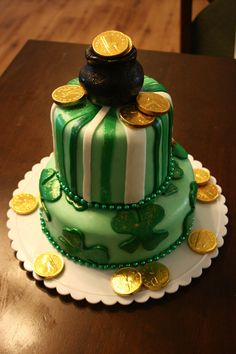 Happy St Patricks Day Cake by ~tash23 on deviantART