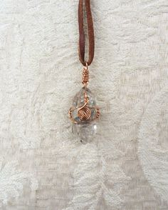 Ein persönlicher Favorit aus meinem Etsy-Shop https://www.etsy.com/de/listing/486271819/tibetian-quartz-necklace