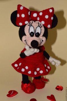 Beauty and Things (Strickspielzeug, Amigurumi) Crochet Doll Pattern, Crochet Patterns Amigurumi, Amigurumi Doll, Crochet Dolls, Crochet Mickey Mouse, Crochet Disney, Minnie Mouse, Crochet Teddy, Crochet Baby