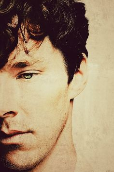 Sweet mother of all that's holy. He's beautiful. Benedict Cumberbatch