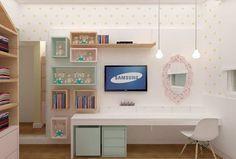 {Projeto Uêbaa} espaço para brinquedos, escrivaninha, TV e penteadeira. Tudo junto e misturado  #uebaa #uebaadesign #projetouebaa #quartodecrianca #quartoinfantil #quartodemenina #kidsroom #kidsdecor #kidsdesign #decorinfantil #decoracaoinfantil #designinfantil #projetoinfantil #girlsroomdecor