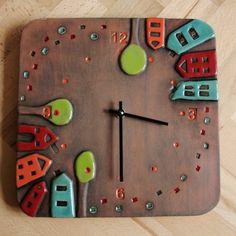 Keramické hodiny s domečky čtvercové