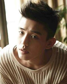 Pure Pretty: Yoo Ah In | The Fangirl Verdict Korean Star, Korean Men, Korean Actors, Weird Songs, Sungkyunkwan Scandal, Mixed Boy, Yoo Ah In, Kim Bum, Piano Man