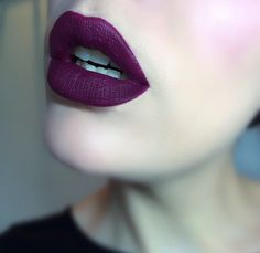 Dark lipstick perfect for autumn winter or just dark lip obsessed people like me!