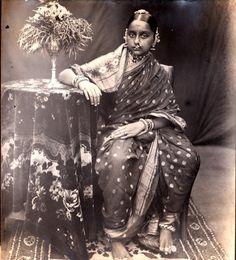 20 best Ideas royal bridal look evolution Vintage Photographs, Vintage Photos, Vintage Beauty, Vintage Fashion, Vintage India, Indian Photography, Victorian Photography, Vintage Bollywood, Indian Beauty Saree