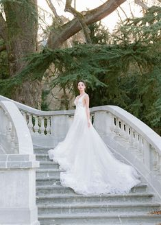 At Château Bouffémont, it becomes an unforgettable experience Wedding Bride, Wedding Day, Wedding Dresses, Wedding Photoshoot, Filmmaking, Unique, Inspiration, Fashion, Bride To Be