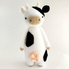 Mesmerizing Crochet an Amigurumi Rabbit Ideas. Lovely Crochet an Amigurumi Rabbit Ideas. Crochet Cow, Giraffe Crochet, Crochet Patterns Amigurumi, Amigurumi Doll, Crochet Animals, Crochet Dolls, Crochet Dragon, Cow Pattern, Dragon Pattern