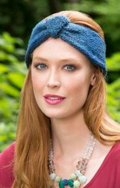 Button Up Knit Headband Free Pattern from Red Heart Yarns