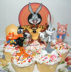 Looney Tunes Figure Cake Topper Cupcake Party Decoration Set with Bugs Bunny, Porky Pig, Daffy Duck, Taz and More! Looeny Tunes http://www.amazon.com/dp/B00ISCG1Y6/ref=cm_sw_r_pi_dp_43cQtb0HW7MKCJ9B