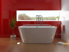 smal raam tot tegen de muur boven het bad