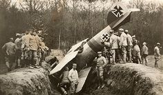 World War I. German plane crashed down in the French sector of Autoval (Oise, France). In May by robindu Wilhelm Ii, Kaiser Wilhelm, Luftwaffe, World War One, First World, Historia Universal, Oise, War Machine, Cold War